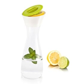Carafe & Citrus Press Vacu Vin