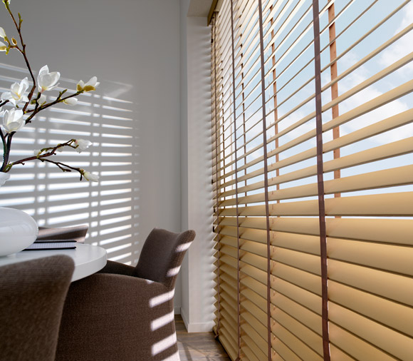 Blinds Art Leather