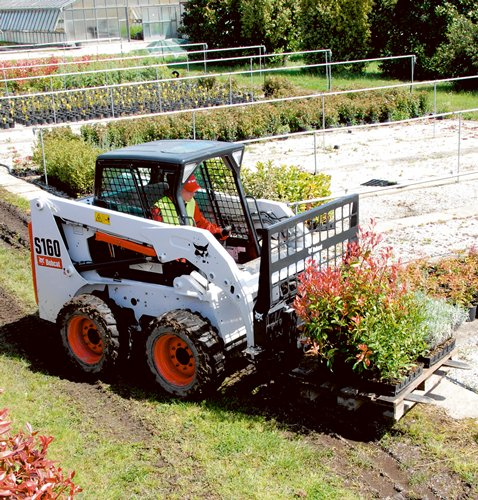 Chargeur compact Bobcat S160