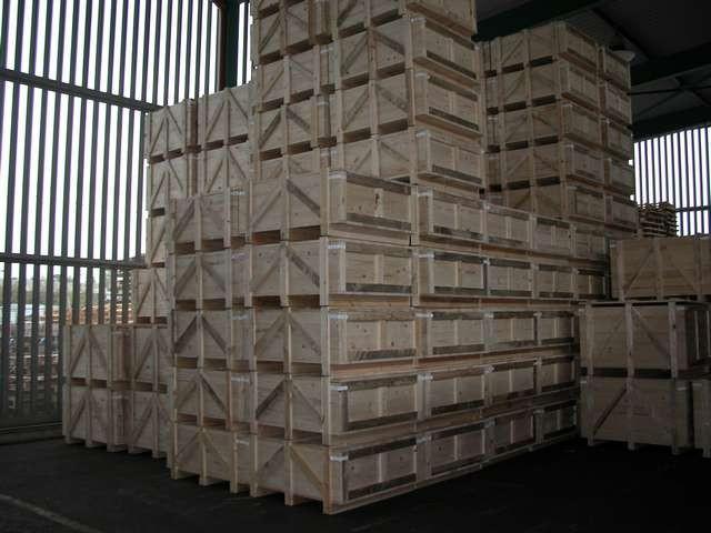 Acheter Caisses en bois pleines