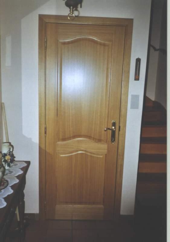 Portes Intérieures en bois buy in Tournai on Français