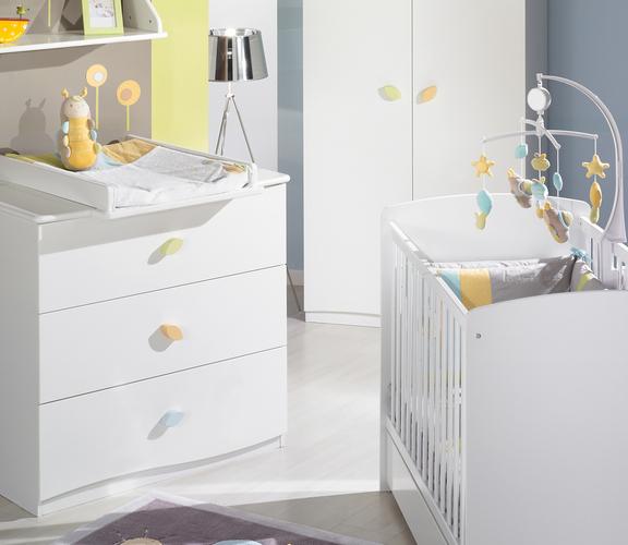 Meubles de chambre bébé - chambre à coucher nature buy in ...