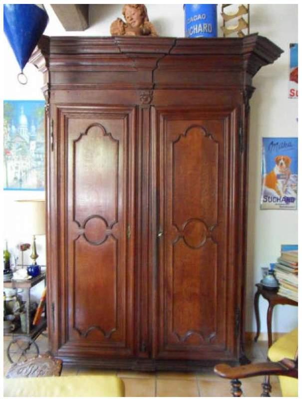 Acheter Armoires en bois du 15ème, 16ème, 17ème, 18ème, 19ème siècle ou du 20ème siècle