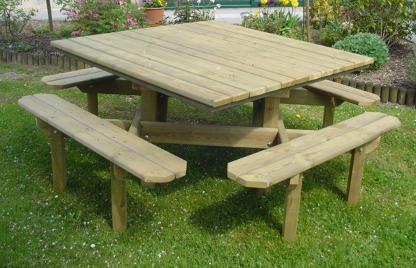 Table « carrée »