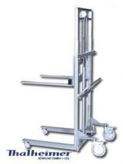 Hydraulic coffin Lift