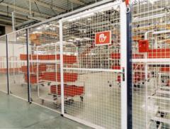 Cloisons industrielles et grillages de protection