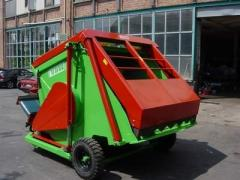 Silage mixing trailer