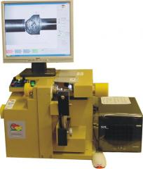 Bruting machine and bruting wheels