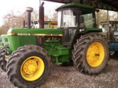 Tracteur John Deere - 4240 s