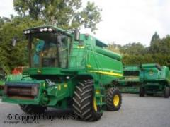 Moissonneuse-batteuse John Deere - S 690i