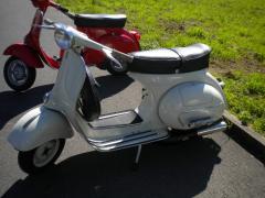 Scooters Vespa