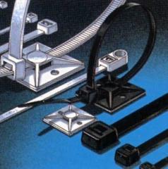Colliers de serrage en nylon. Colliers blancs ou