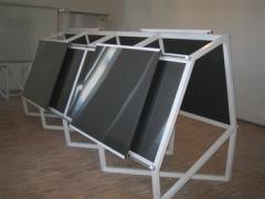 Supports métalliques pour les tables de