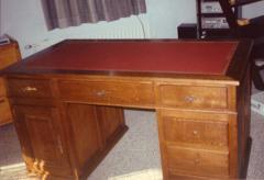Bureau en bois clair