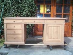 Bureau Louis Philippe en chêne, 6 tiroirs, 1 porte