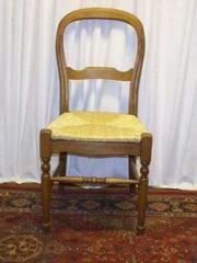 Chaise Louis Philippe en chêne à pieds tournés