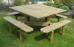 Table « carrée »